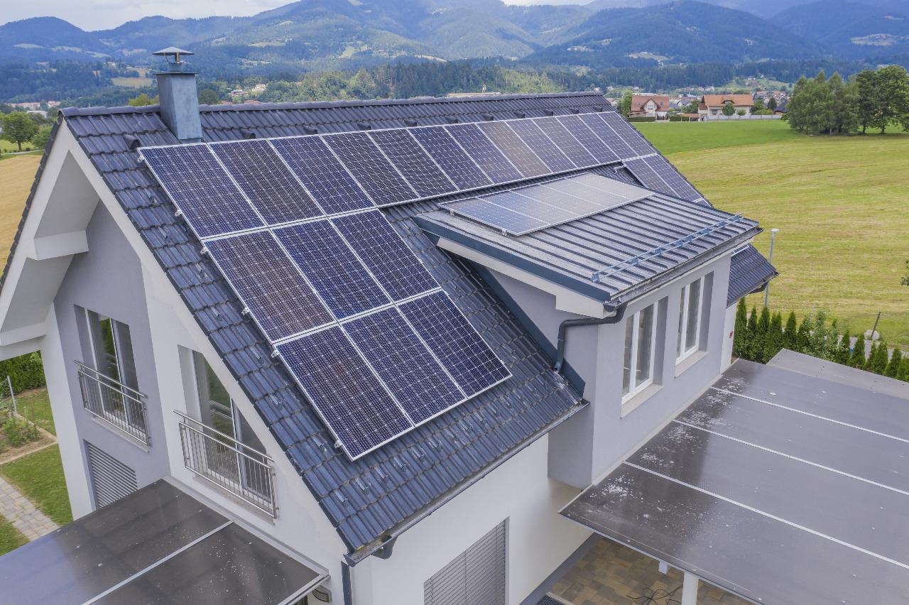 Contoh 2 penggunaan Solar Panel SUNterra